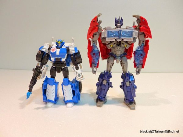 Jouets de TF Robot In Disguise (2015) Strongarm-07__scaled_600