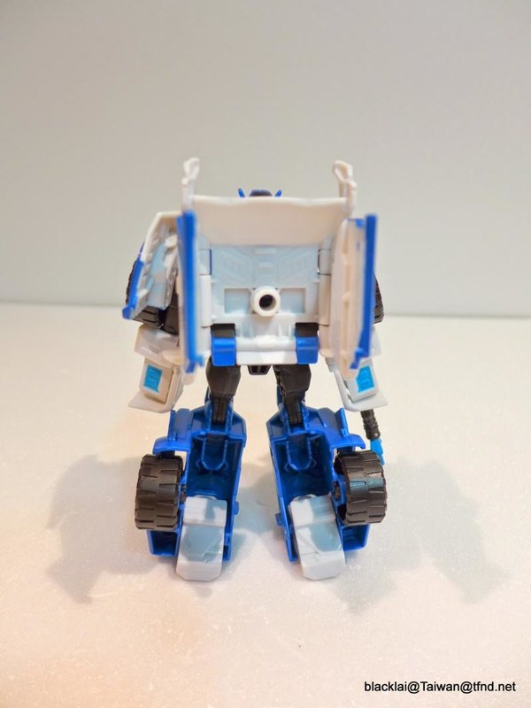 Jouets de TF Robot In Disguise (2015) Strongarm-09__scaled_600