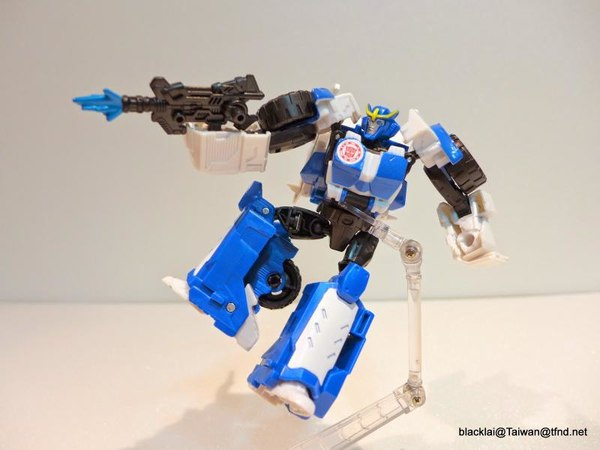 Jouets de TF Robot In Disguise (2015) Strongarm-13__scaled_600