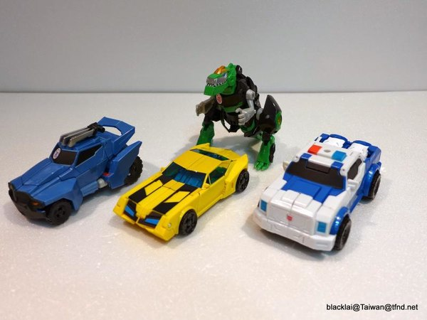 Jouets de TF Robot In Disguise (2015) Warriors-01__scaled_600