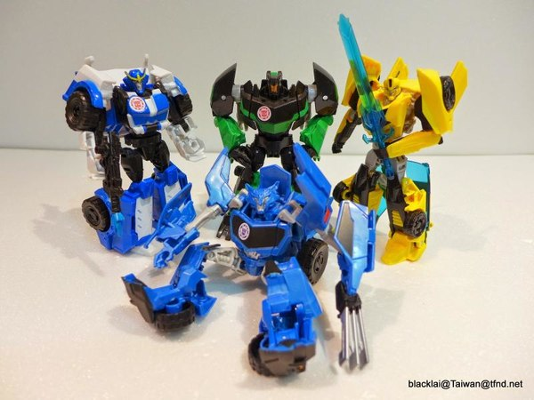 Jouets de TF Robot In Disguise (2015) Warriors-02__scaled_600