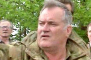 Karadzić,Mladić,Ražnjatavović 29obk0Mv