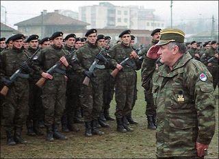 Karadzić,Mladić,Ražnjatavović 6B7S0rvD