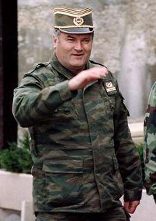 Karadzić,Mladić,Ražnjatavović AR0IH5qL