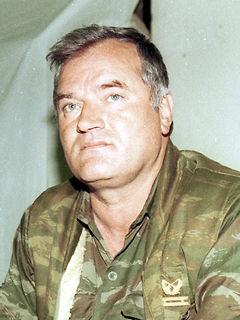 Karadzić,Mladić,Ražnjatavović UXG3JrTO