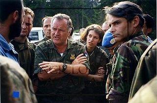 Karadzić,Mladić,Ražnjatavović MX23Lk6f