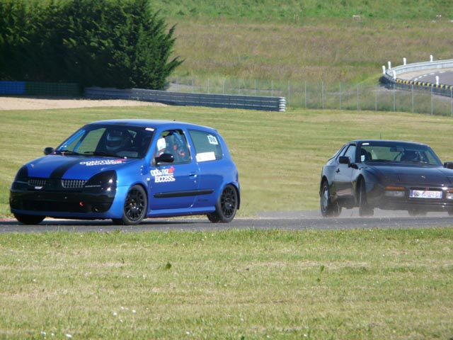 CR Magny-Cours club 100% piste le 15/6/2013 - Page 2 Clio_1