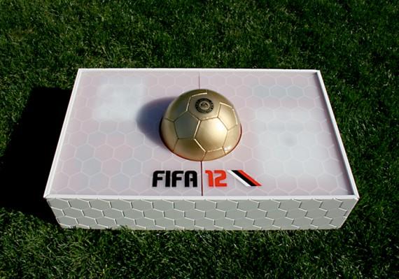 [PSP] Liste FR des jeux collector Ea-sports-fifa-12-vip-kit