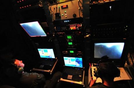 موسوعة طائرة النقل التكتيكي الاحدث C-130J Super Hercules بجميع أنواعها   EC130J_5-460x304