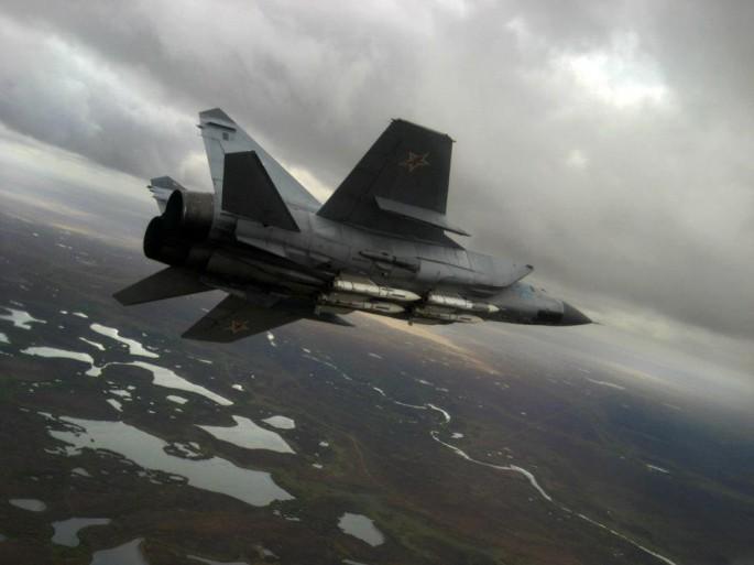 صائدة الثعالب  الروسية   تنهي الشحرورة  الامريكية MiG-31-1-685x513