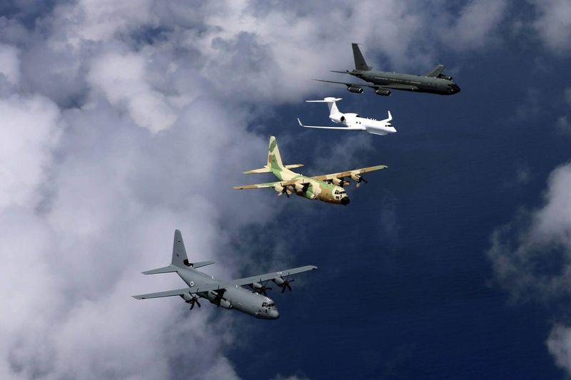 القوات الجويه الاسرائيليه تستلم اول طائرة نقل super Hercules C-130J IAF-C-130J