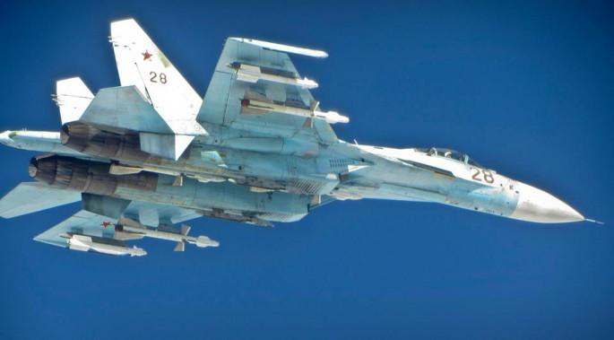 سرب كالينينغراد - أخطر 7 مقاتلات سو 27 في العالم - - صفحة 2 Su-27-RAF-Typhoon-685x379