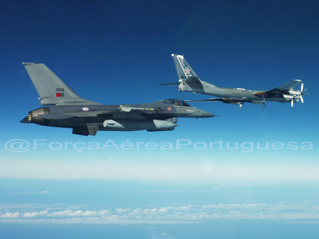 Intercepción Aérea PoAF-intercept-Tu-95