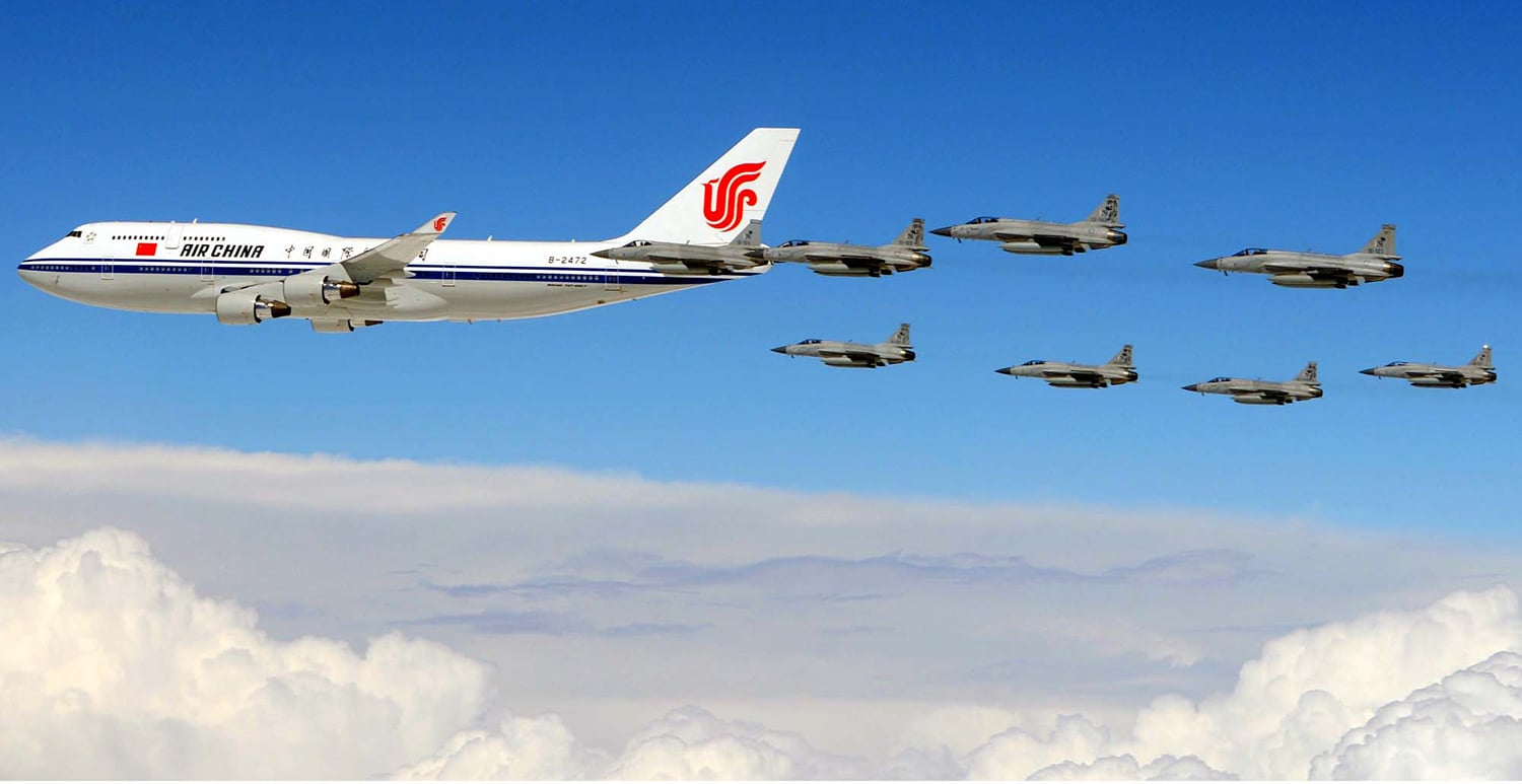 Pakistan-China Military co-operation Chinas-AF1-and-Jf-17