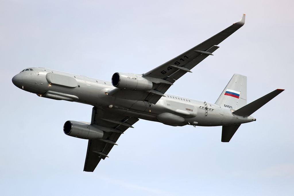 Syrian Civil War: News #6 - Page 22 Tupolev_Tu-214R_inflight