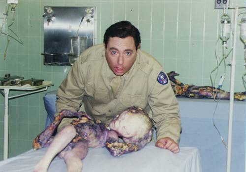 """Les """"diapositives de Roswell"""" (Roswell slides) - Page 4 DavidsPaul_officier_RoswellMovie"""