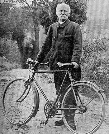 [Validé par l'AGS] Invention du vélocipède Velocio