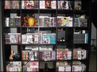 [Photo] Montrez nous votre chez vous ! Sept2010_dvd_livresmanga2_mini