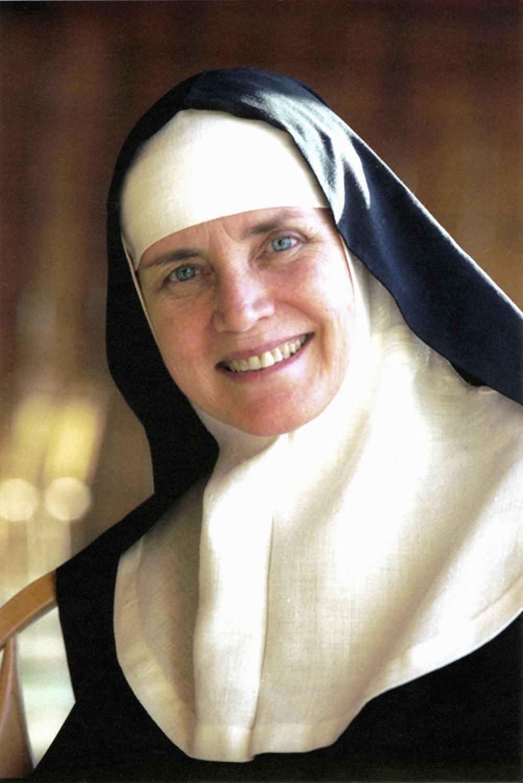 Des célébrités de tous genres témoignent de leur foi chrétienne C-0412.delores.hart_