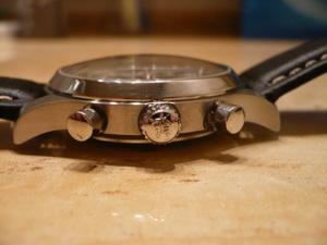 Qui saurait me dater cette Hamilton Khaki chrono ? Hamilton3828-03preview