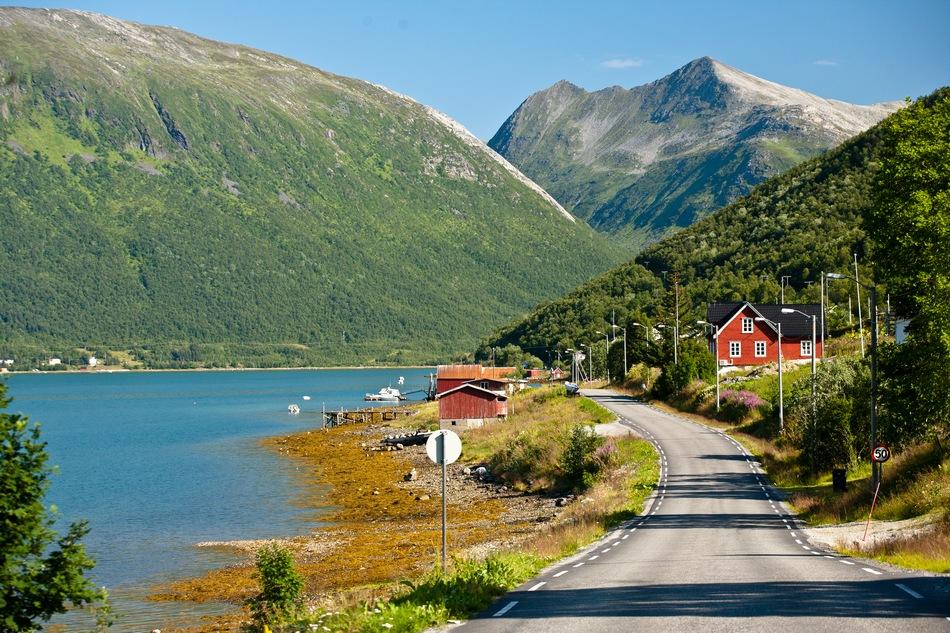 Роскошные пейзажи Норвегии - Страница 37 1356272314_17477
