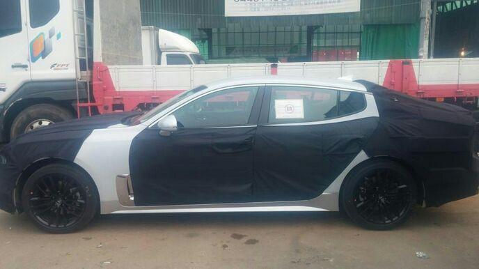 2018 - [Kia] Stinger GT Img-20160506-wa0000