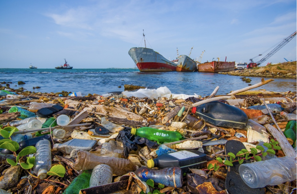 Over 200 Nations Vow to End Plastic Ocean Pollution Plastic-Bottles