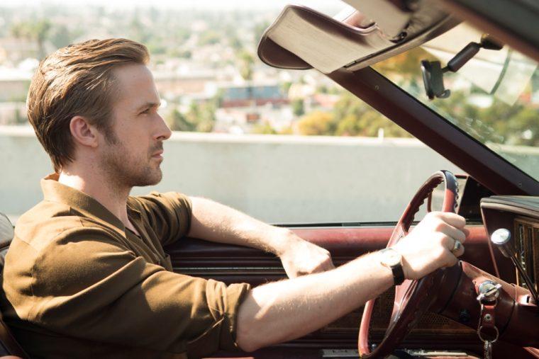 Laissez vous séduire par ... - Page 4 La-La-Land-film-movie-cars-Lionsgate-2016-scene-Ryan-Gosling-Buick-Rivera-760x507