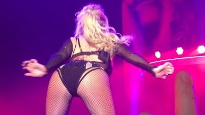 Britney Spears >> Britney: Piece of Me [III] - Página 44 Normal_12716890_1680317082248836_1271215144_n_ig_cache_key3DMTE5MjYwODcwNDUyMjQ5MTM0Mw3D3D