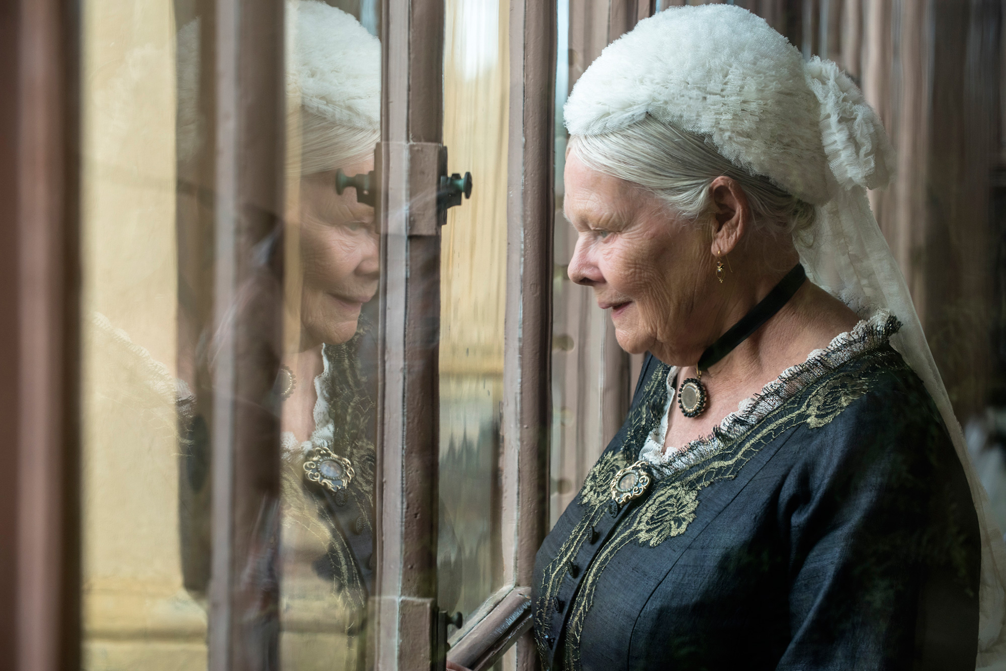 The United States of the Solar System, A.D. 2133 (Deep State Nine) - Page 10 Victoria-and-Abdul-Judi-Dench
