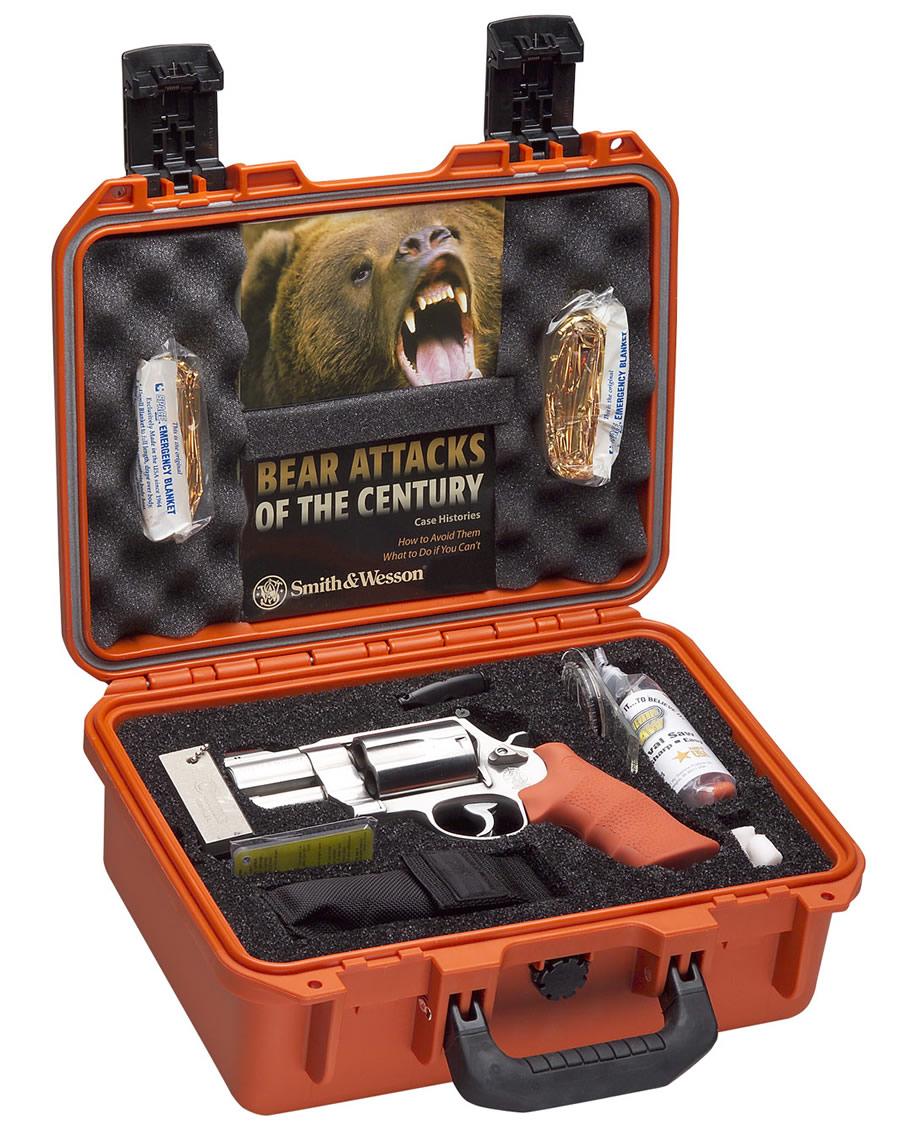 500 S & W Bear-survival-kit