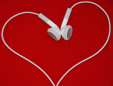 حصريا كولكشن نغمات رومانسية بمناسبة عيد الحب على اكثر من سيرفر  Valentines_music_c