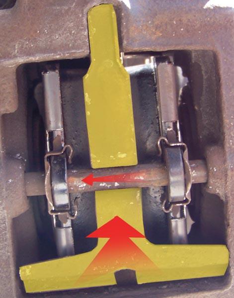 [Tuto] W210 - Changement Plaquettes de frein AR modèle 1 trou 100_1484