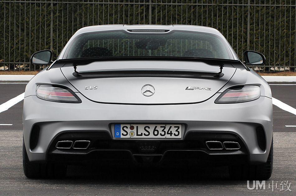 Mercedes SLS AMG Black Series C197_amg_blackseries-08