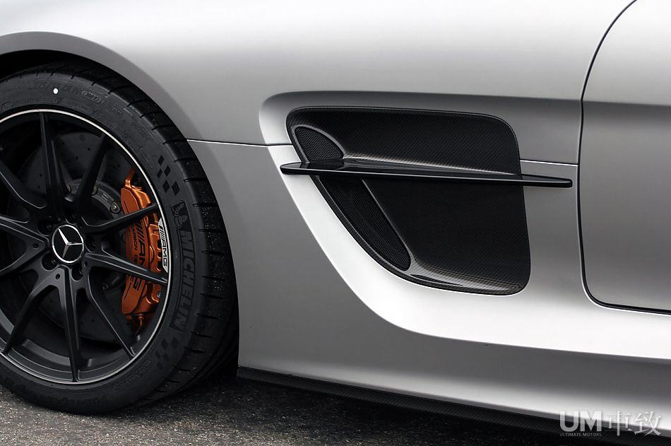 Mercedes SLS AMG Black Series C197_amg_blackseries-14