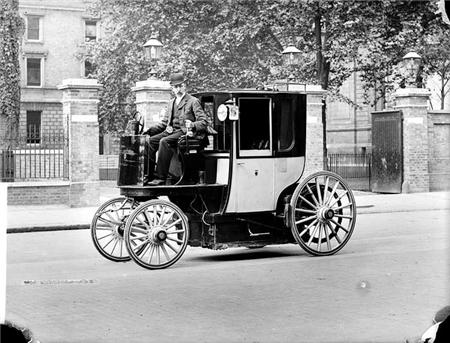 Gottlieb Daimler 1890%20cab