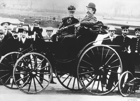 Karl Benz Berthaetkarlbenz
