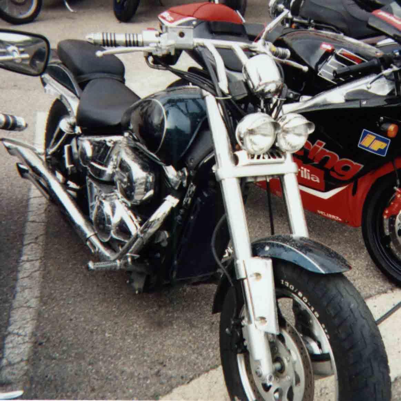 Le coin des motards   - Page 2 800marauder