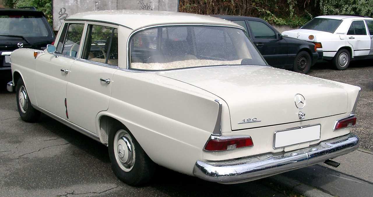 "[Historique] La Mercedes-Benz W110 ""Kleine Heckflosse"" 1961 - 1968 W110_190-2"