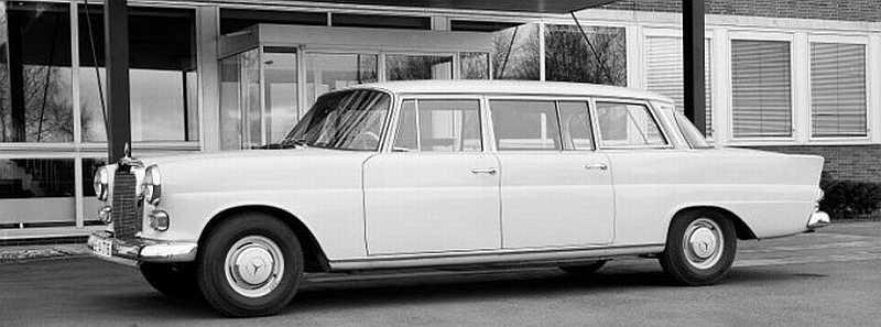 "[Historique] La Mercedes-Benz W110 ""Kleine Heckflosse"" 1961 - 1968 W110_230_Lang-1"