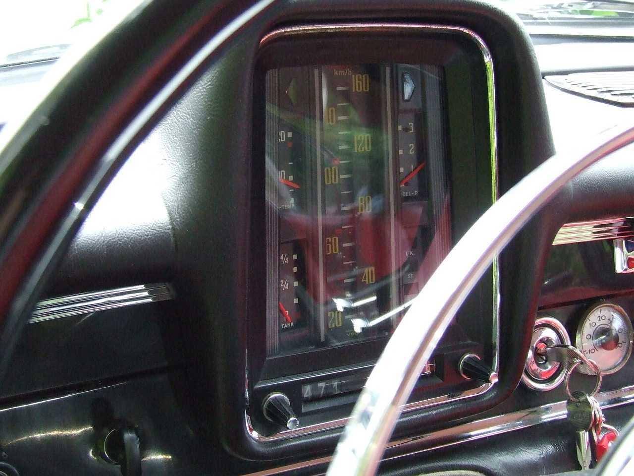 "[Historique] La Mercedes-Benz W110 ""Kleine Heckflosse"" 1961 - 1968 W110_Tachometer"