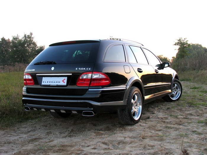 """S211 Mercedes-Benz E50KCC 2005 Le """"Cross Country"""" par Kleemann 2005-kleemann-mercedes-benz-e50kcc-rear-angle-view"""