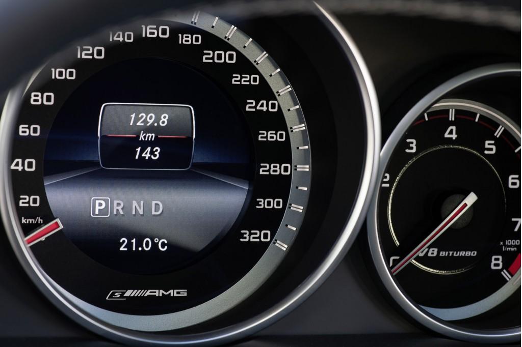 La Mercedes-Benz E63 AMG réstylée 2013 (W212) W212_ph2_amg-03