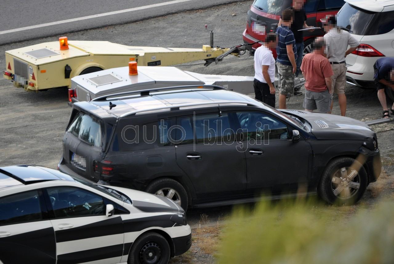 Le Nouveau Mercedes Benz GL (X166) X166_GL-13
