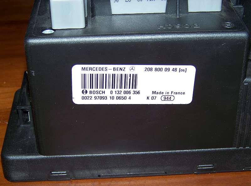 [Tuto-Brico] W210 C208 - Réparation Pompe à dépression de centralisation. 100_2560