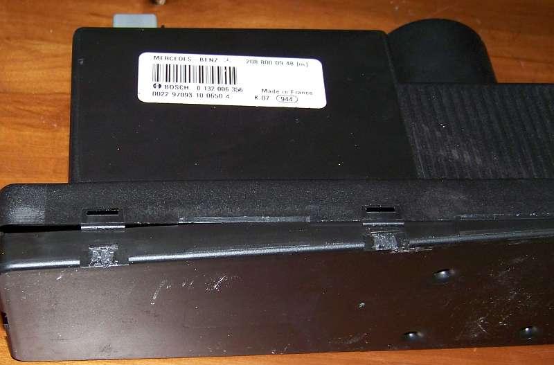 [Tuto-Brico] W210 C208 - Réparation Pompe à dépression de centralisation. 100_2562
