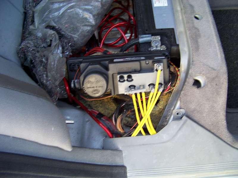 [Tuto-Brico] W210 C208 - Réparation Pompe à dépression de centralisation. 100_2590