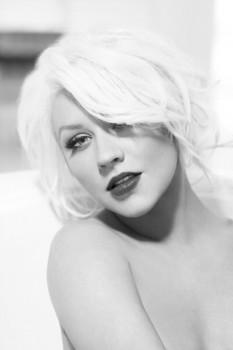 """[Tema Oficial] """"Red Sin"""" el Nuevo perfume de Christina Aguilera 2012 - Página 5 A1344e226134170"""