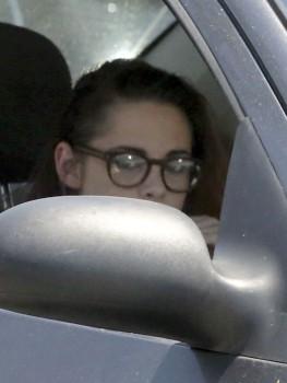 Kristen Stewart - Imagenes/Videos de Paparazzi / Estudio/ Eventos etc. - Página 31 E4fa2c255553340