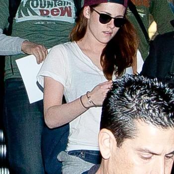 Kristen Stewart - Imagenes/Videos de Paparazzi / Estudio/ Eventos etc. - Página 31 3099f7231914843